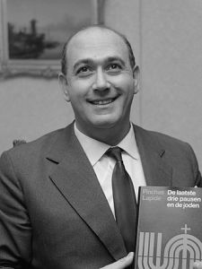 Pinchas_Lapide_(1967)